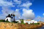 achal: Fuerteventura - wyspa wiatru, wiatraków i aloesu